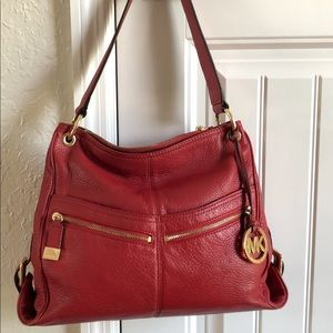MICHAEL KORS 🌹RED LEATHER PURSE